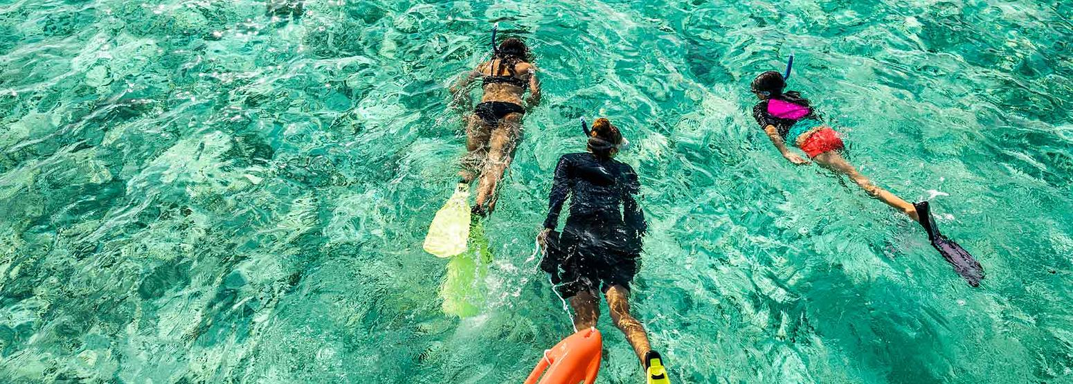 Rent Boats To Enjoy Watersports Activities